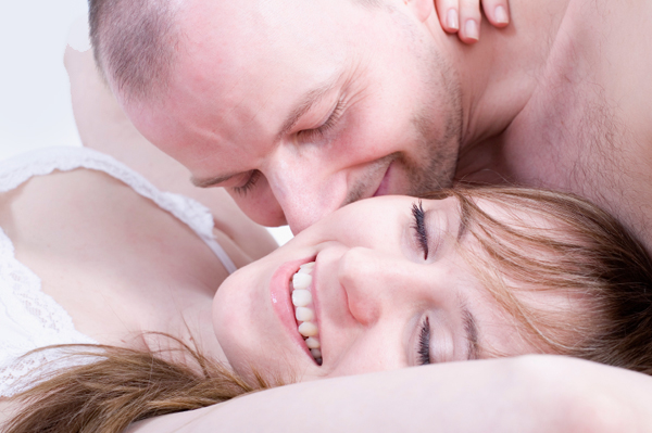 happy-couple-having-sex. in: Science & Technology News