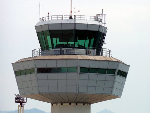 air-traffic-control-photo-01.jpg.492x0_q85_crop-smart
