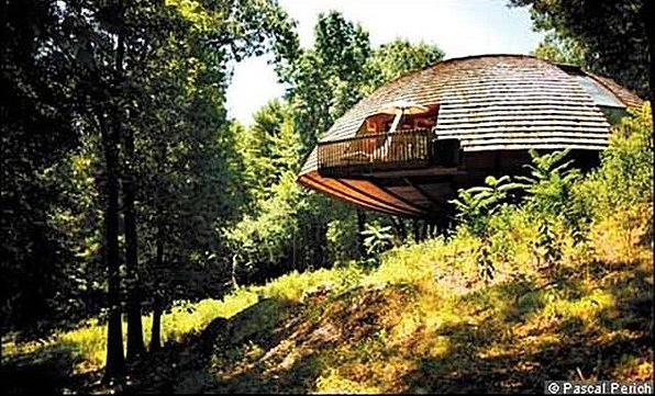 Dome house rotates to take advantage of sun s energy impact lab - Rotating homes follow sun ...