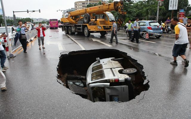 Now THAT is a pot hole 421