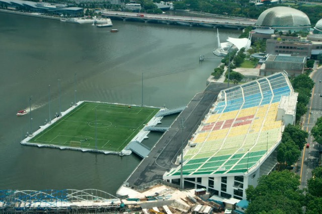 Singapore's floating football stadium 3g68