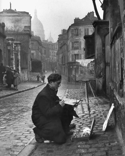 Street Painter. Paris, 1945 f32146