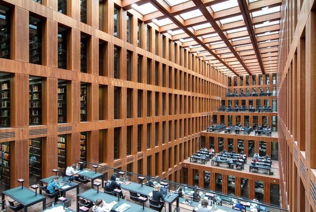Library of Humboldt University Berlin d1x2