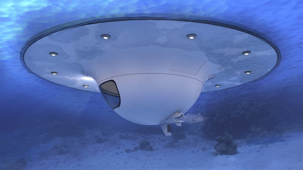 The UFO can achieve speeds of up to 3.5 knots
