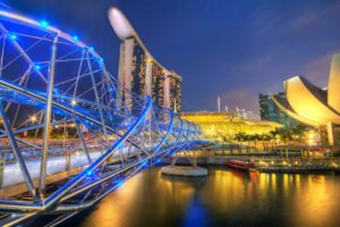 800px-Marina_Bay_Sands_Singapore_HDR_travel_photo_7648123032-1-300x200